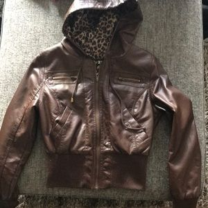 Brown leather jacket | M | Forever 21